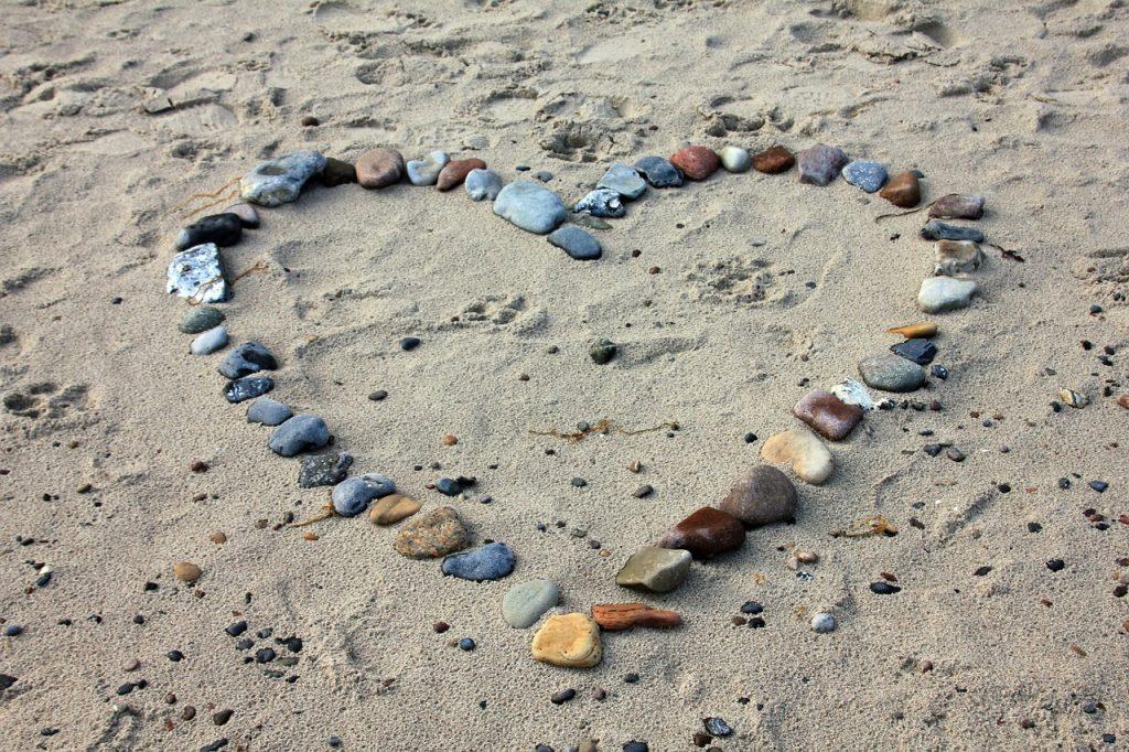 beach heart, brave, dianadellos.com